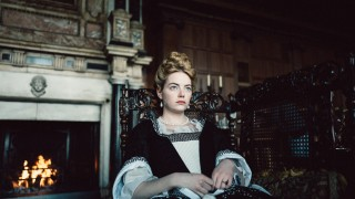 Still image from the film: THE FAVOURITE